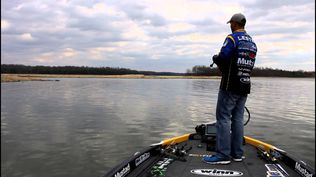 Bassmaster Elite Series™ Pro, and Winn Grips Pro Staffer, Brandon Lester, instructs on how to use a football jig.